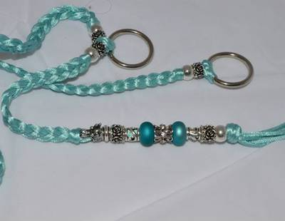Decorated leash light blue