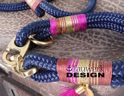 Dog collar and leash dark blue