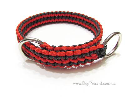 Paracord collar stranglehold