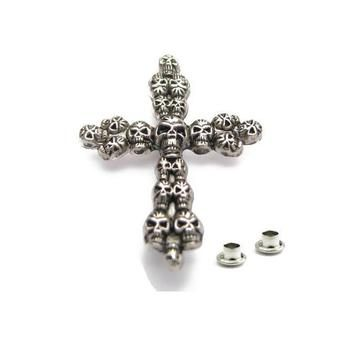 Decorative Rivet Skull cross